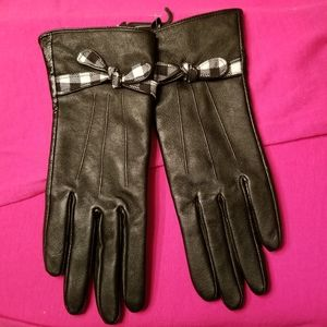 Accessories - 🆕️ Black Leather Gloves